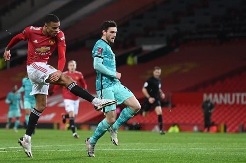 مانشستر يونايتد يعمق جراح ليفربول ويطيح به من كأس إنجلترا