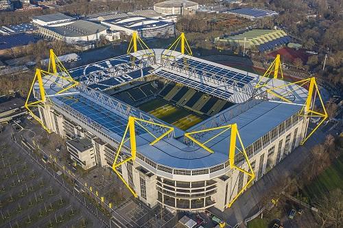 دورتموند الألمانية تستضيف لقاء ليفربول وميتلاند
