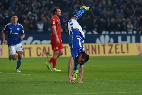 """بلهندة """"ينتفض"""" ويسجل ثاني أهدافه مع شالكه في الدوري الألماني"""