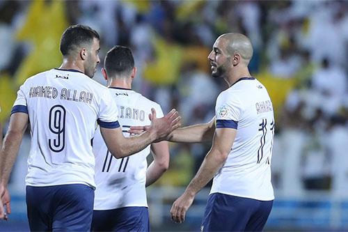 """الإصابة تُعاود أمرابط والنصر يرحِّل اللاعب إلى البرتغال لـ""""صيانة محركاته"""""""