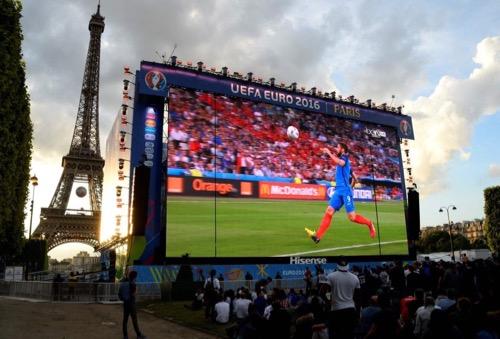 رقم قياسي تاريخي تحققه القنوات الفرنسية ممن شاهدوا مباراة فرنسا وأيسلندا