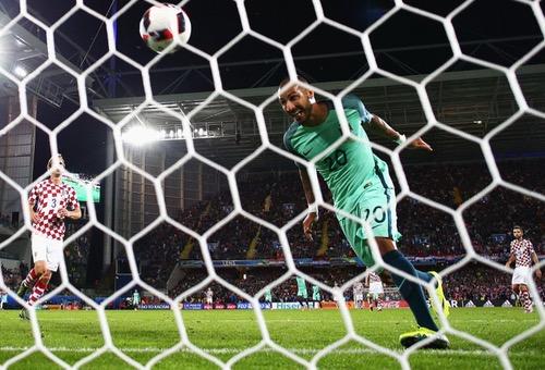انتصار بشق الأنفس يصعد بالبرتغال إلى دور الثمانية في يورو 2016 على حساب كرواتيا