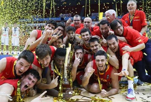 شباب إسبانيا يتوجون بلقبهم القاري الثاني في كرة السلة على حساب ليتوانيا