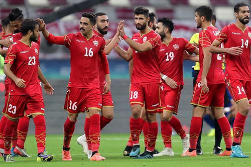 المنتخب البحريني يكسر عناد الأخضر ويتوج بلقبه الخليجي الأول