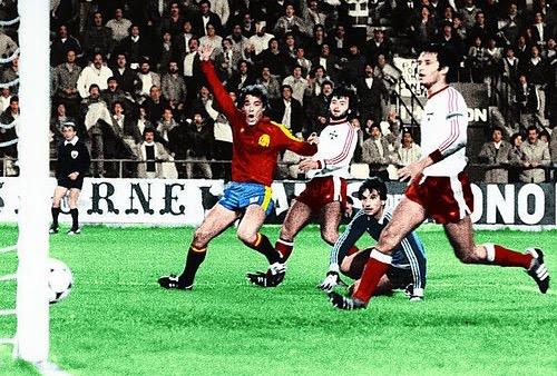 """لاعبو منتخب """"مالطا"""" يتهمون إسبانيا بتخديرهم خلال مباراة خسروها بـ1-12 في 1983"""