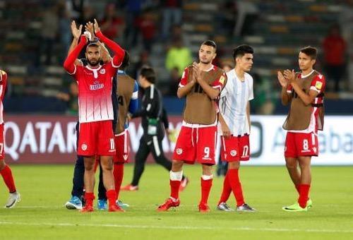 الحزن يخيم على لاعبي الوداد بعد خسارة اللقب.. والنقاش يعد بظهور أفضل في دوري أبطال إفريقيا