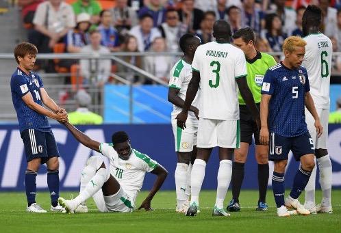 اليابان تفرض التعادل على السنغال وتشعل المجموعة الثامنة بالمونديال