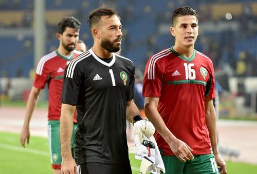 """الزنيتي يلقى دعم المغاربة بعد خطأ ليبيا ونهائي """"الشان"""" فرصته لإقناع رونار بمكانه مع """"الأسود"""""""