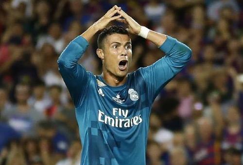 """إلباييس: مستقبل رونالدو مع ريال مدريد لم """"يعد مضمونا"""".. واللاعب يفكر في المغادرة"""