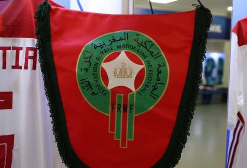"""جامعة الكرة تمدد """"مركاتو"""" الصيف """"داخل المغرب""""..وتنصف المتنازعين بفترة """"ترضية"""""""