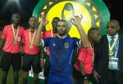 عماد متعب يواجه عقوبات من الـ CAF بَعد حَركته الغير رياضية في نهائي العُصبة