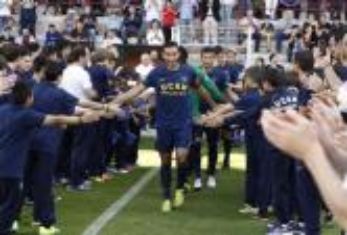 نادٍ إسباني يسرح كل لاعبيه بعد هبوطه للدرجة الثالثة عقابا لهم على سوء النتائج