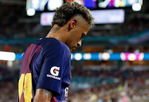 الـ UEFA يُهدد الـ PSG بعقوبات قاسية في حال تمت صفقة نيمار خارج القواعد