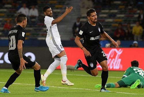 باتشوكا يهزم الجزيرة الإماراتي ويحرز المركز الثالث بمونديال الأندية 2017 في أبوظبي