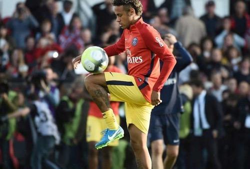 نقابة اللاعبين الفرنسيين تدافع عن نيمار وتهاجم برشلونة: عليكم تقبل معنى الخسارة
