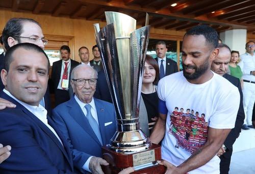 النادي الأفريقي يُثقل شباك النجم الساحلي بأربعة أهداف ويَفوز بكأس تونس