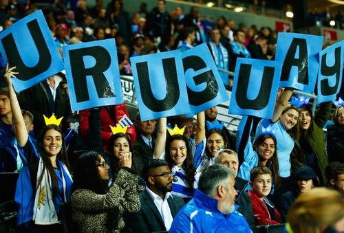 أكثر من نصف السكان في أوروغواي يعتبرون كرة القدم رمزا للهوية الوطنية لبلادهم