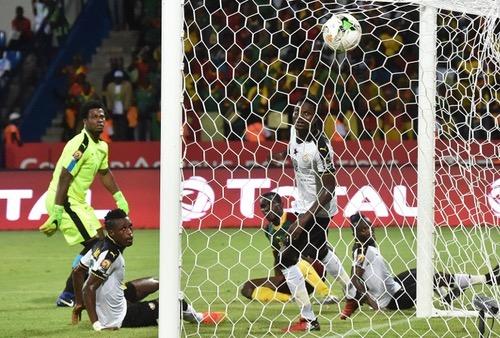 مدرب غانا يشعر بالاحباط للخروج من المربع الذهبي ويدافع عن فريقه