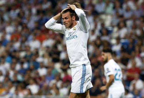 """جماهير ريال مدريد تتمسك بعدائها القديم لغاريث بيل """"الكسول"""" في مباراة """"نيقوسيا"""""""