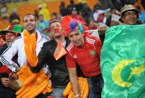 حافلات خاصة لنقل جمهور المنتخب في الغابون ونقص الفنادق يقلص من رحلات المغاربة