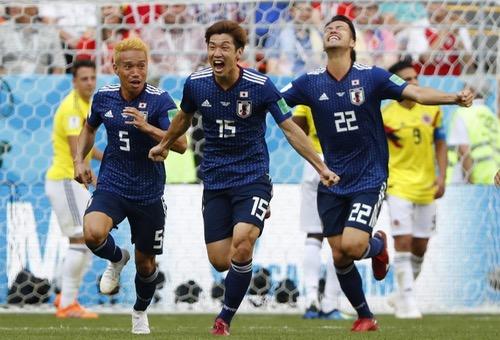 """كولومبيا بعشرة لاعبين تسقط أمام """"الساموراي"""" الياباني بهدفين في مونديال روسيا"""
