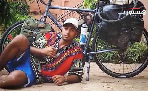 دراج مغربي عالق في الغابون
