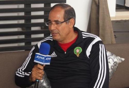 """الزاكي لهسبورت: الجزائريون """" تُوشَاوْنِي"""" في العاطفة.. والمنتخب ممنوع من الإخفاق بـ""""الكان"""""""