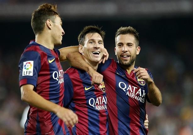 بيكيه والحدادي في قائمة برشلونة لمواجهة أياكس