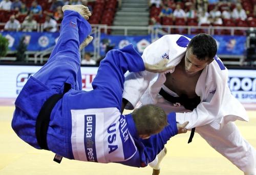 """الجودوكا عماد باسو يغادر أولمبياد """"ريو"""" بعد خسارته في دور الثمن أمام الكندي أنطوان بوشارد"""