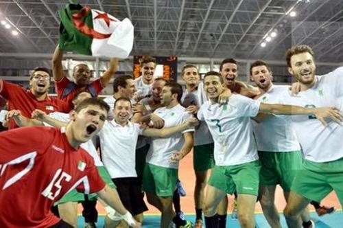 الجزائر تتطلع لاستضافة بطولة إفريقيا للكرة الطائرة وتحفز اللاعبين على التأهل للأولمبياد