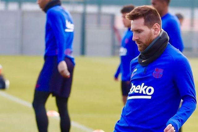 ميسي ولويس سواريز ينضمان لتدريبات برشلونة