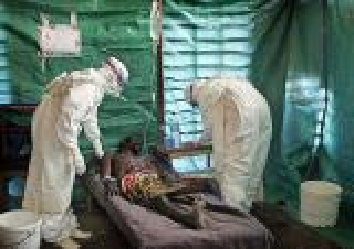"""""""إيبولا"""" يمنع مباريات في سيراليون وغينيا وليبيريا"""