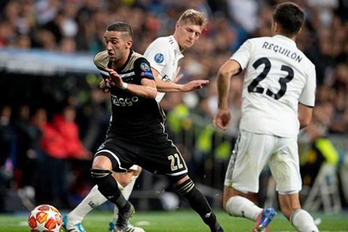 ريال مدريد يحدِّد زياش بديلا لنجمه ويُصارع البايرن وليفربول لضمِّه