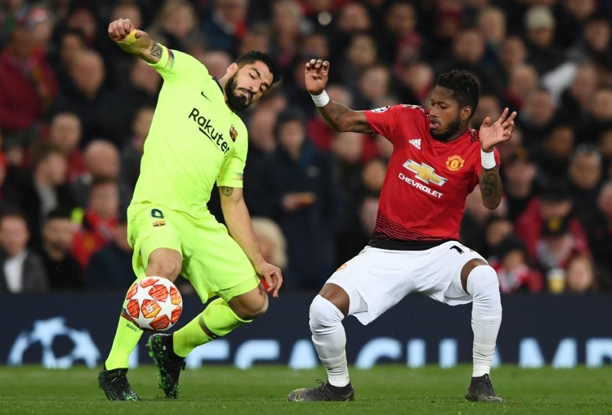 برشلونة يهزم مانشستر يونايتد في عقر داره ويقترب من المربع الذهبي