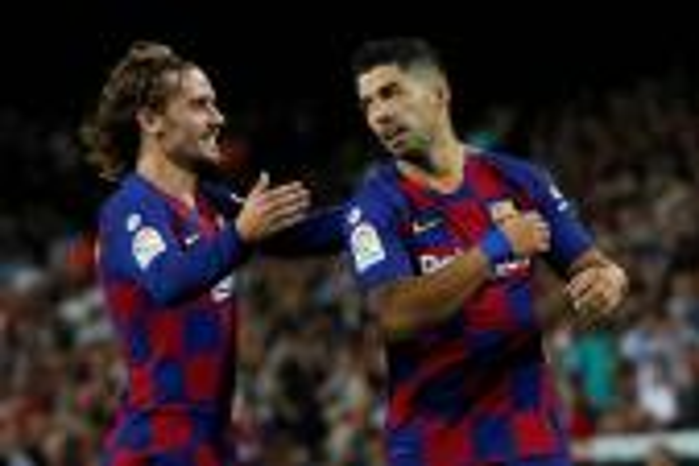 برشلونة بدون ميسي يقسو على  فالنسيا بالخمسة في الدوري الإسباني
