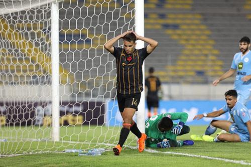 اتحاد طنجة يسقط بثنائية أمام الرفاع البحيرني في كأس محمد السادس للأبطال