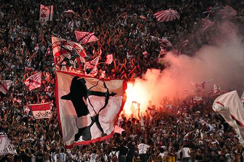 """اعتقالات في """"أولترا"""" الزمالك غَيّبَت الجمهور المصري عن نهائي """"الكاف"""""""