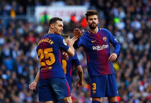 ثلاثة لاعبين يتأهبون لمغادرة سفينة برشلونة قبل انطلاق الموسم الجديد