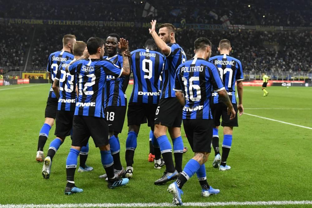 إنتر يهزم أودينيزي ويتصدر الدوري الإيطالي مؤقتا
