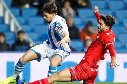 سوسيداد يهزم اسبانيول في مباراة مثيرة بالليغا