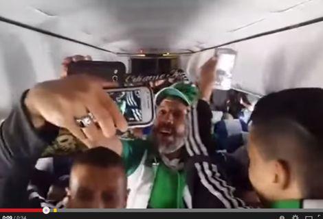 """""""الجراد"""" في الطائرة إلى تونس"""