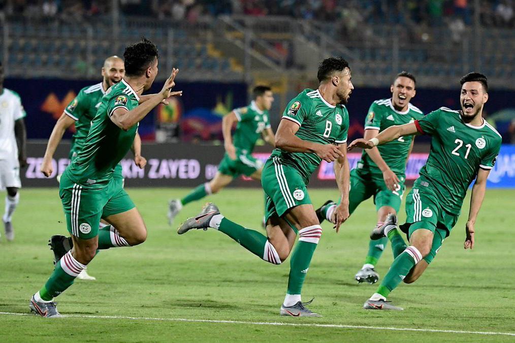 الجزائر تواجه كولومبيا في فرنسا منتصف الشهر المقبل