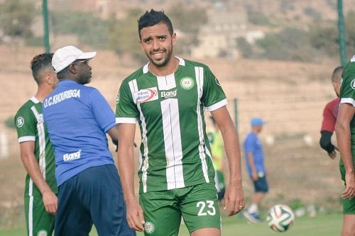 """هداف الدوري المغربي يقترب من تغيير الوجهة صوب """"الرباط"""""""