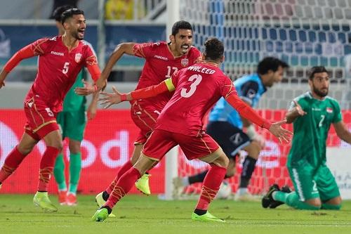 البحرين يعبر العراق بركلات الترجيح ويتأهل إلى نهائي كأس الخليج