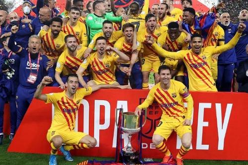 ميسي: تسلمي للكأس كقائد لبرشلونة لحظة خاصة جدا لي