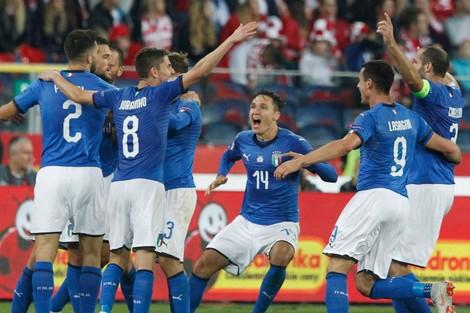 إيطاليا تجدد آمالها في دوري أمم أوروبا