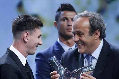 ميسي يتوج بجائزة أفضل لاعب في أوروبا