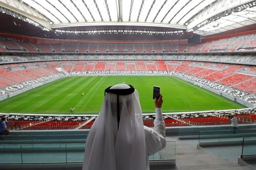 قطر: مشروعات مونديال 2022 لم تتأثر بالحصار