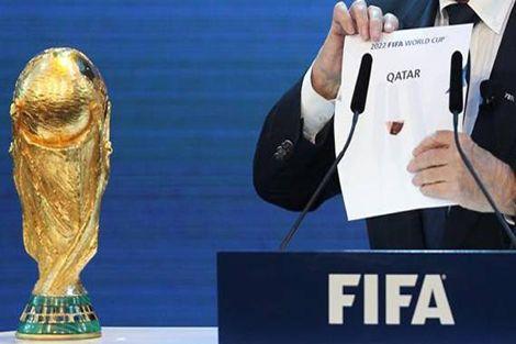 أمير قطر: العالم لا يتقبل فكرة تنظيم بلد عربي مسلم للمونديال