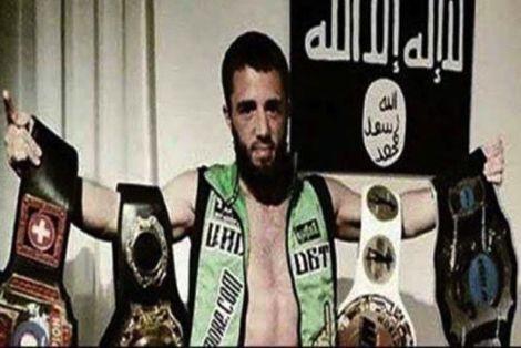 """""""داعش"""" يقتل بطل عالمي في الملاكمة بعد محاولته الفرار من التنظيم"""
